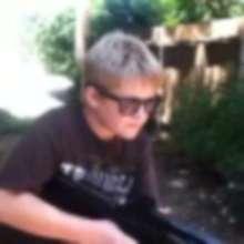 GeekyGamer14's avatar